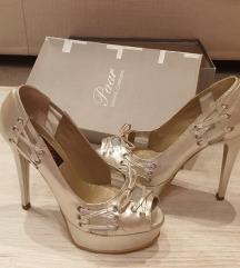 Paar kozne Sandale br.37
