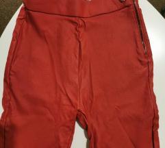 Kozne crvene pamtalone