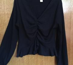 H&M crna cropped bluza, kao nova