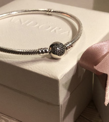 Nova Pandora srebrna narukvica