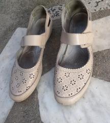 bez sandale