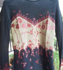 %%900-Crna providna Laura Norton majica