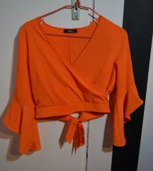 Neon narandzasta crop bluza