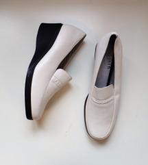 Cipele 38 i 39,Novo