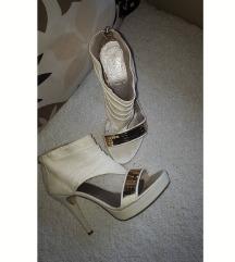 Italijanske kožne sandale 👠