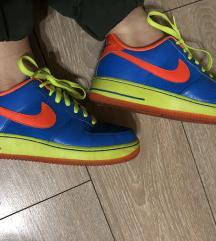 Nike air force  patike original  SNIZENE NA 2000%