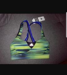 Nov Adidas sportski top, snizen XS