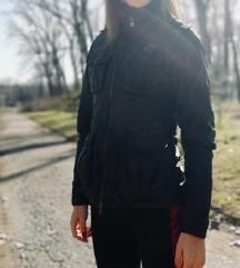 NIKE ❤️ odlicna jaknica s vel