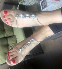 Sandale 💖 SNIZENO