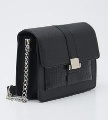 Nova moderna crna torba