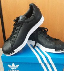 Adidas NOVE SA RACUNOM 39 1/3