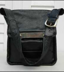 Prelepa Crna torba od prave prirodne kože