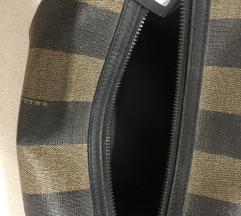 Original FENDI neseser/torbica. 200€