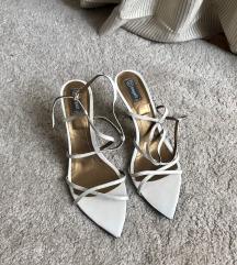 Bele italijanske sandale kozna