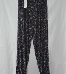 Letnje cvetne pantalone S/M NOVO sa etiketom