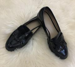 Zara lakovane cipele