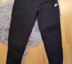 Nike donji deo novo!!