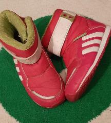 Adidas Zambat zimske cizme.. Br. 25, ug.15 cm