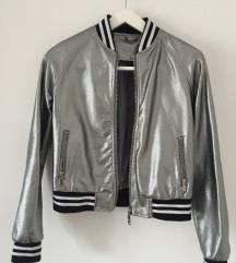 Metalic, srebena jaknica