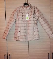 Nova jakna M sada 1000 din