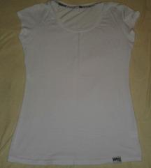 Bela basic majica KAO NOVA!