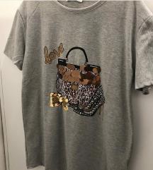 Nova siva majica