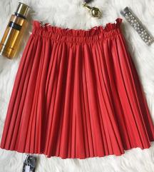 Plisirana ❤️ crvena suknja od eko koze NOVA sa et.