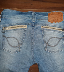 Akcija 550!Bron jeans koje podizu guzu Xs/S