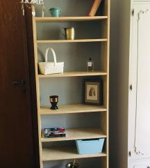 IKEA polica za knjige