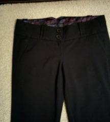 Nove crne pantalone vel.S