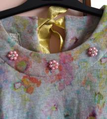 Duks haljina sa biserima i zlatnom mašnom