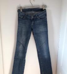 KOAN-teget pantalone