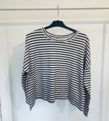 Pull and bear stripes