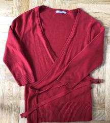 Nov crveni džemper