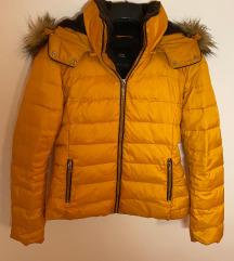 Zara perjana zimska jakna sa krznom