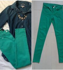 H&M pantalone 34 velicina