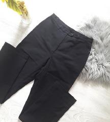 BENETTON Poslovne pantalone - DANAS 300
