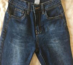Pantalone , farmerke 34