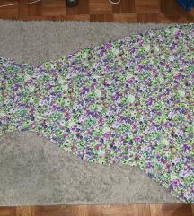 Moderna cvetna haljinica