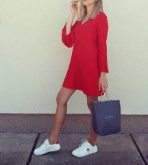 Crvena Bershka haljinica