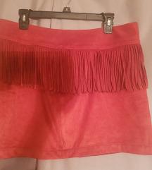 Nova crvena kozna suknja