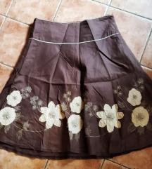 Suknja sa svetnim dezenom, 38