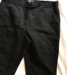 Crne pantalone brokat