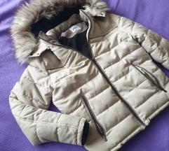 Zara zimska krem jakna