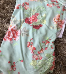Zara majica cvetna