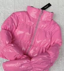 Pink puffer jakna