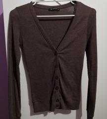 Braon tanji džemperić/majica na dugmiće