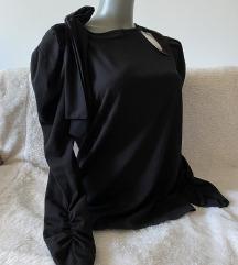 Nova crna bluza sa masnom M