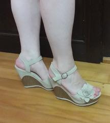 Krem sandale na sniženju!!!