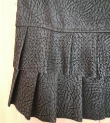 Suknja od eko kože